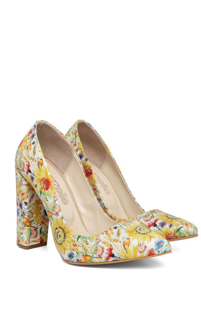 Spring Print Block Heel Leather Pumps by Jezzelle