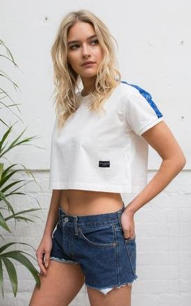 White Benoa Crop T-Shirt with Fabric Sleeves by Alma de Ace