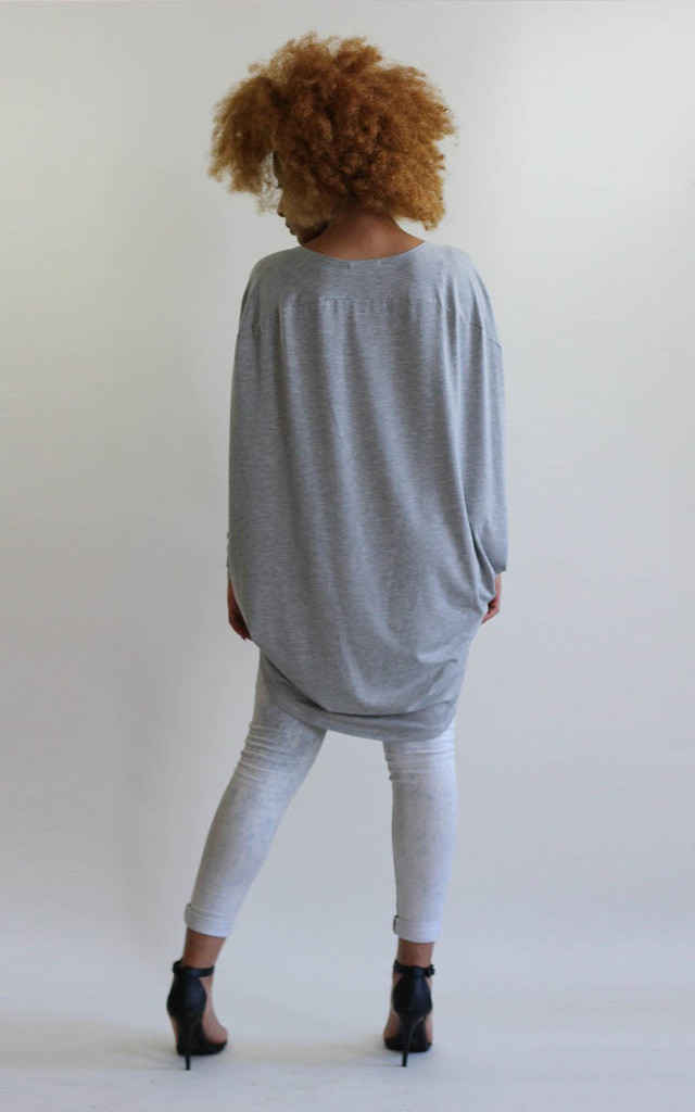 Grey Drape Back Cocoon Top by LagenLuxe