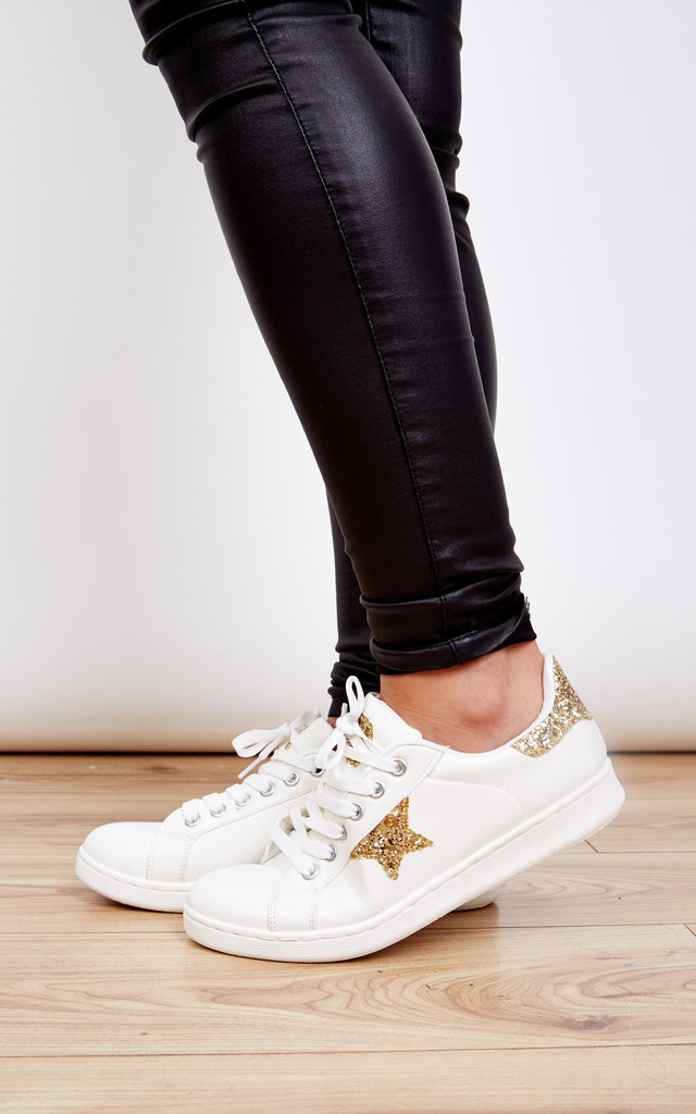 White lace up trainer with gold glitter detail by Bella and Blue