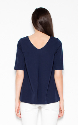 Navy blue asymmetrical top shirt with short sleeves with a spectacular neckline on the back by Venaton