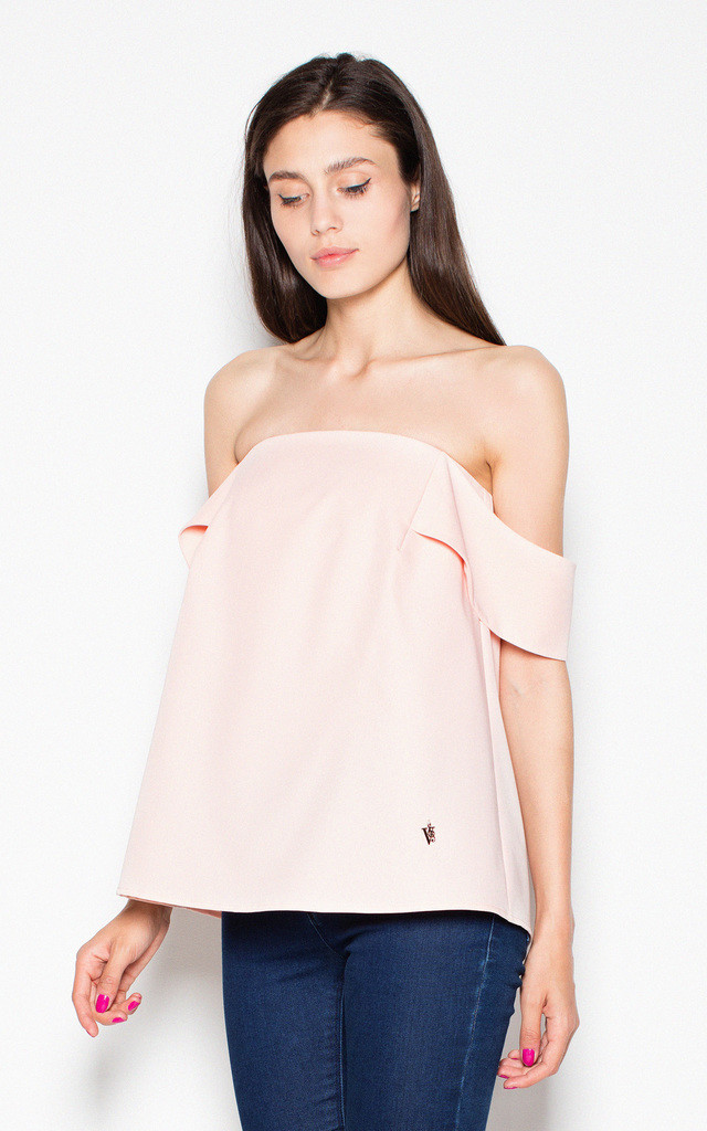 Pink elegant blouse with dropping shoulders with a spectacular slit at the back by Venaton