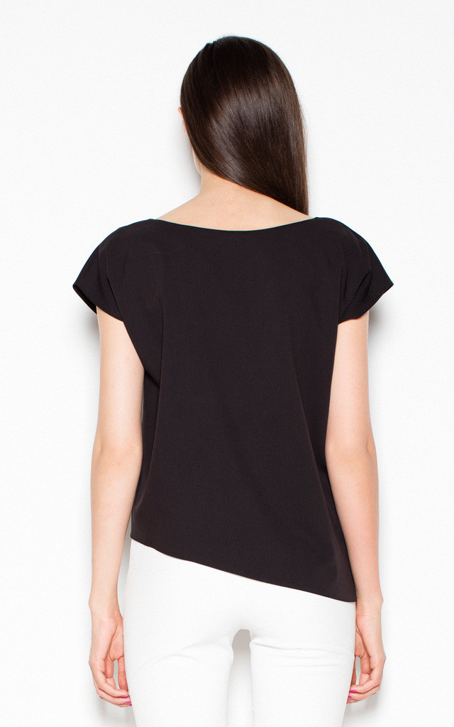 Black asymmetrical top shirt with loose short sleeves by Venaton