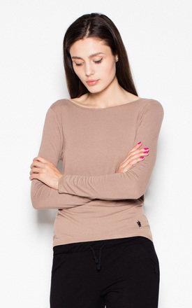 Beige top with a spectacular neckline at the back by Venaton