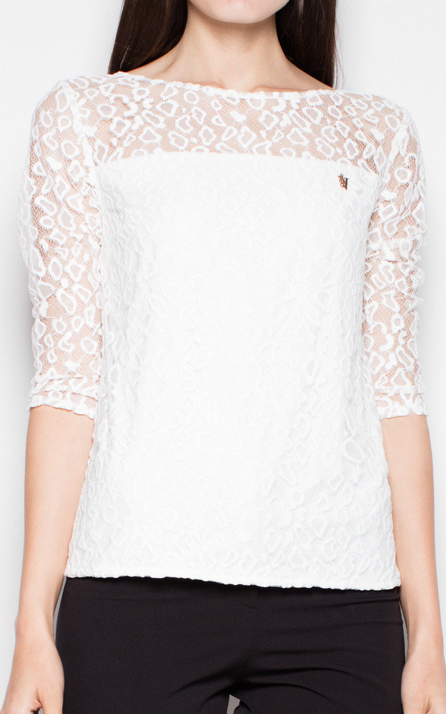 Ecru lace top with 3/4 sleeves by Venaton