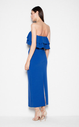 Blue Dress with ruffles at the neckline by Venaton