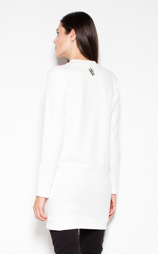 White longer top with an original imprint by Venaton
