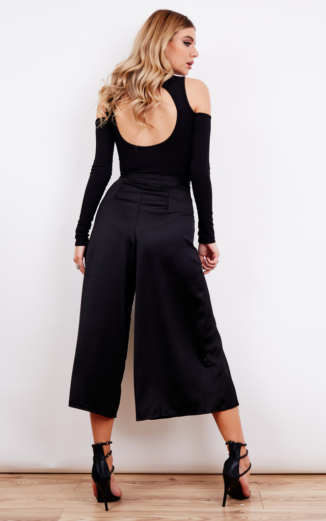Pany pleated wide leg trousers by VeryGirly