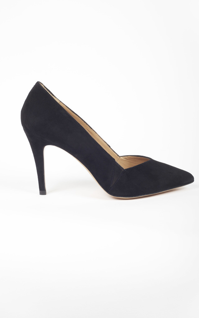 Black Leather Comfortable Classic Pointed Court Heel by House of Spring