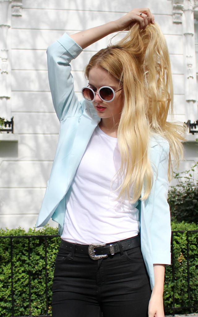 Mint green summer blazer by Daze