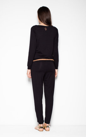 Black elegant jumpsuit with pockets by Venaton