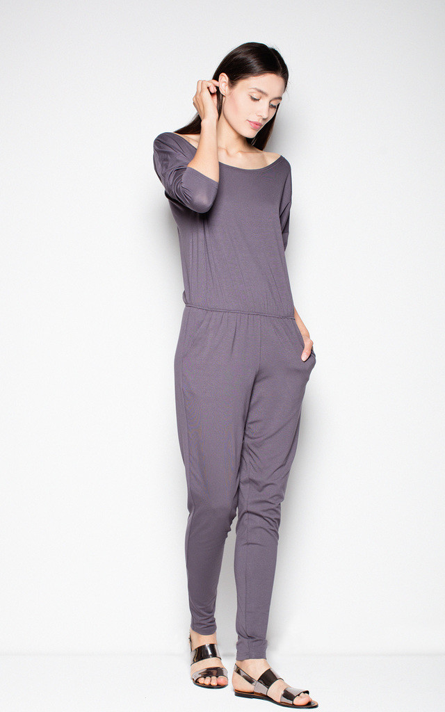 Grey sports jumpsuit with a U-neck by Venaton