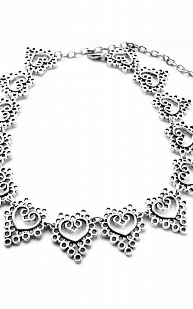 Heart collar necklace by MoonChild