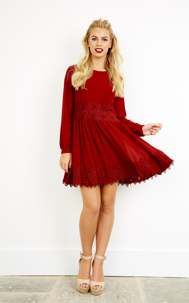 BURGUNDY LACE TRIM Dress by Glamorous