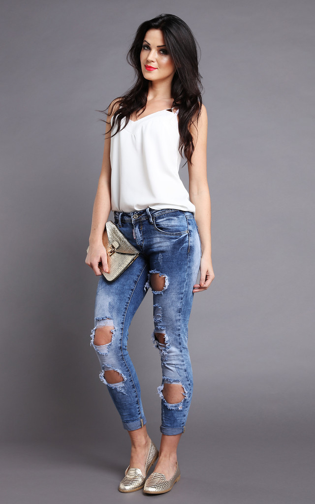 Low Rise Ripped & Distressed Skinny Jeans by Jezzelle