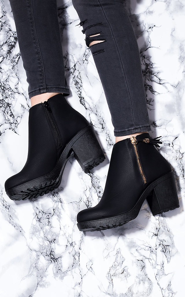 BUXTON Block Heel Ankle Boots Shoes - Black Leather Style by SpyLoveBuy