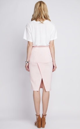 Pink pencil skirt with a fly by Lanti
