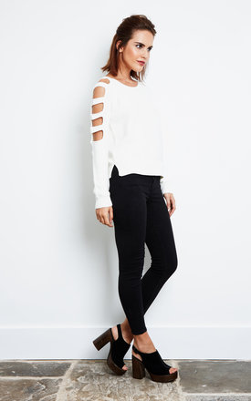 Snow White Cut Out Arm Long Sleeve Knitted Top by Noisy May