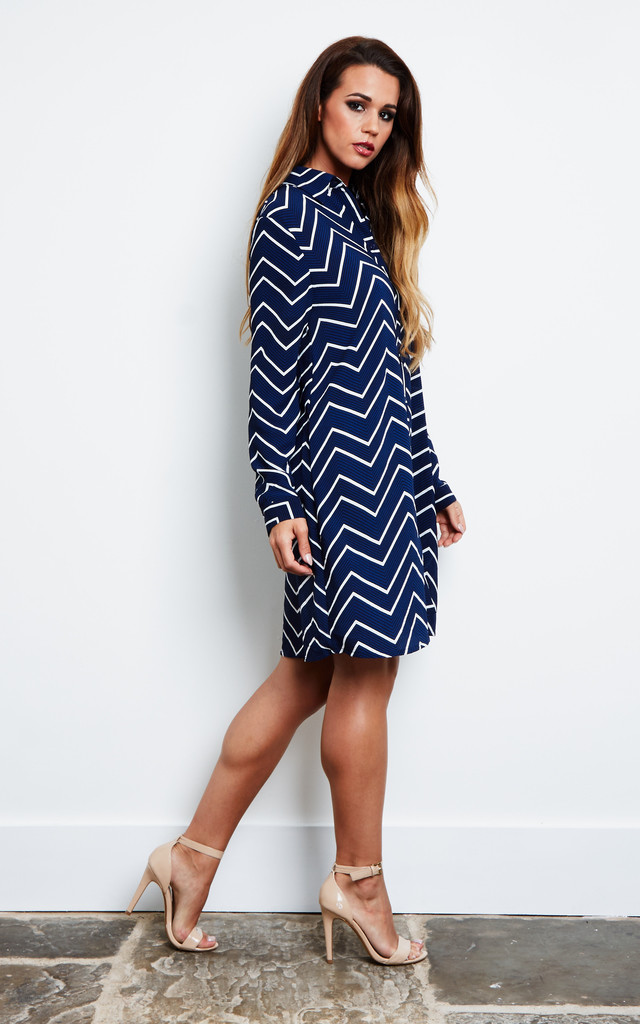 NAVY ZIG ZAG STRIPE SHIRT DRESS by Glamorous