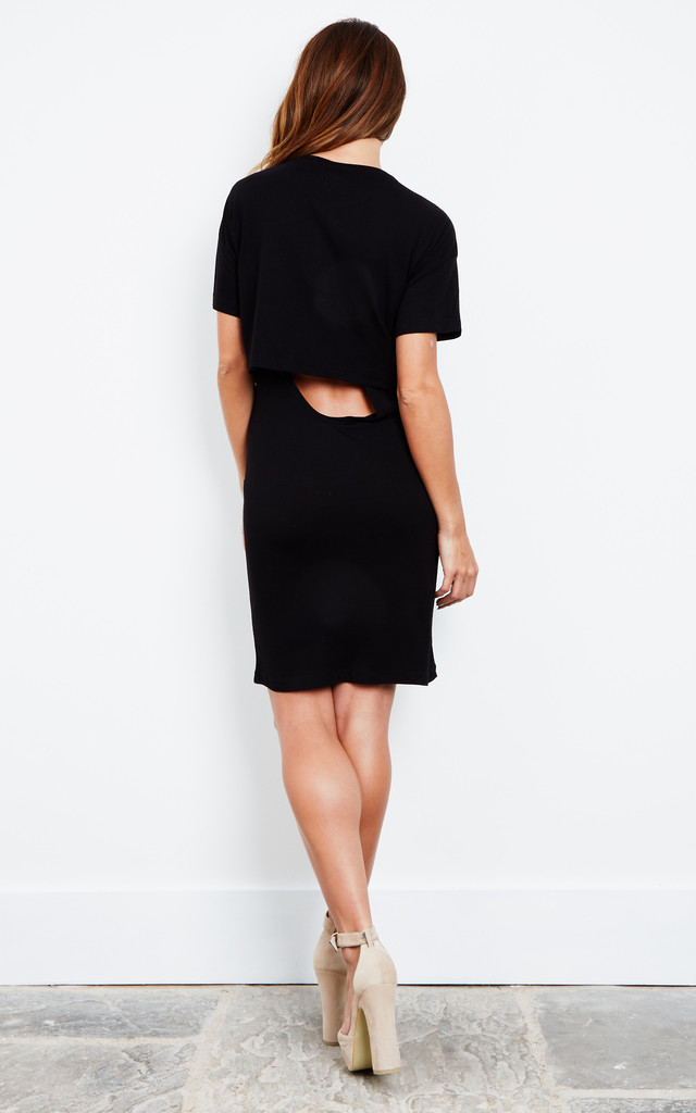 Black Short Sleeve Dress with Back Cut Out by Noisy May