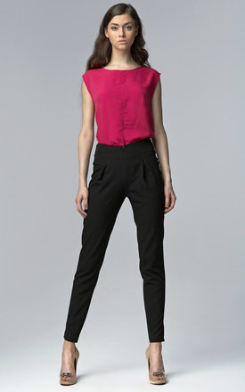 Black high waist trousers by so.Nife