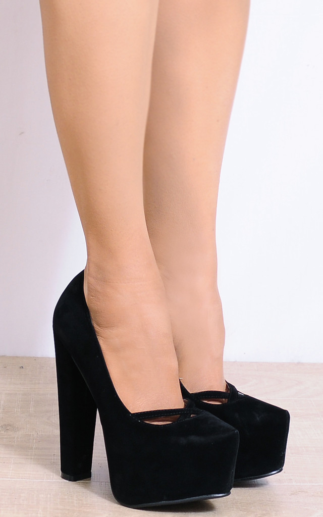 Black Concealed Platforms Court Shoes High Heels by Shoe Closet