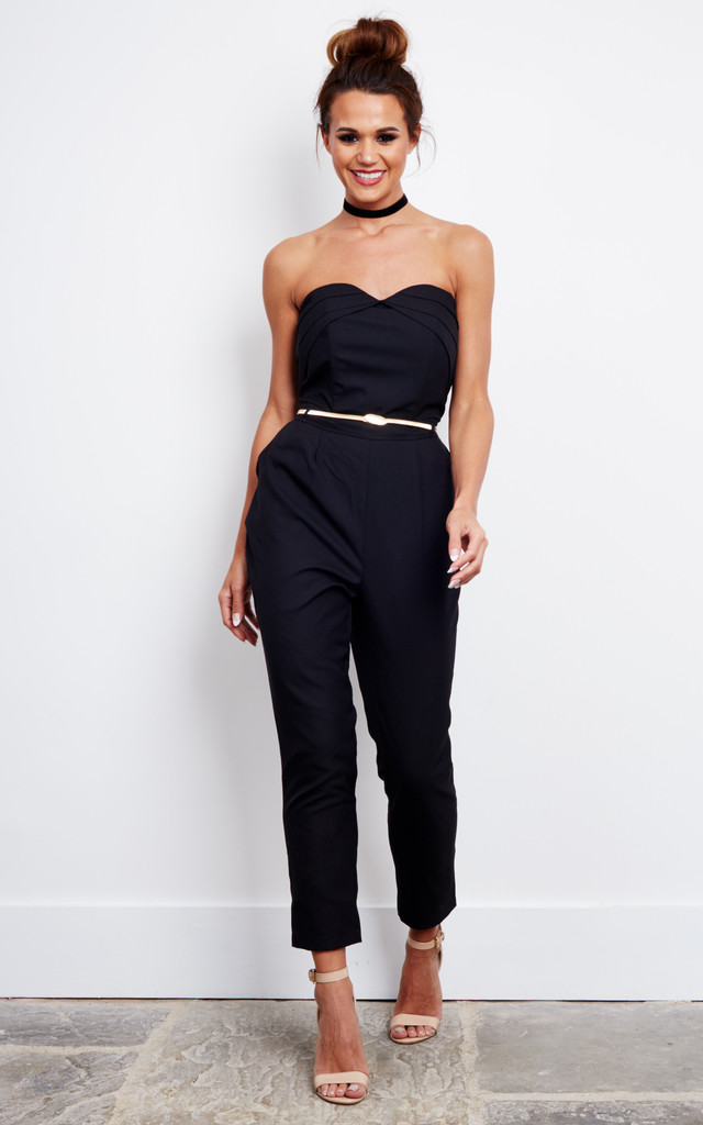 Black Sleeveless Tailored Jumpsuit With Sweetheart Neckline by Liquorish