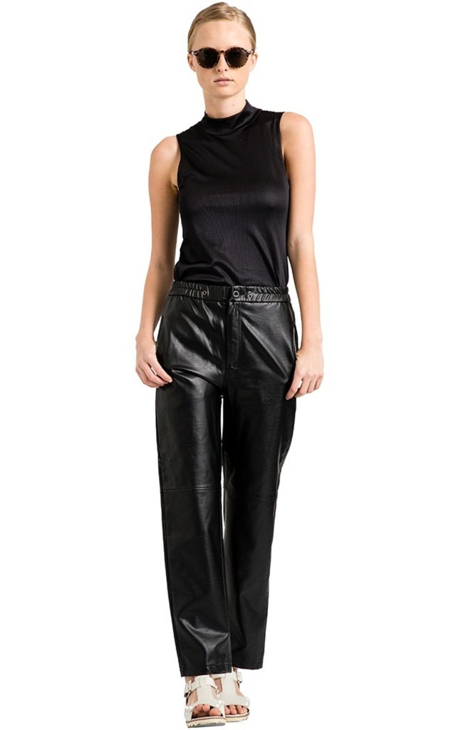 Black Ezra Pants by VIPARO
