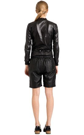 Black Melvin Unisex Shorts (PETITE) by VIPARO