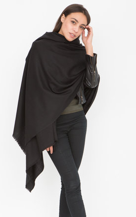 Kasa Merino Handwoven Blanket Scarf Black by likemary
