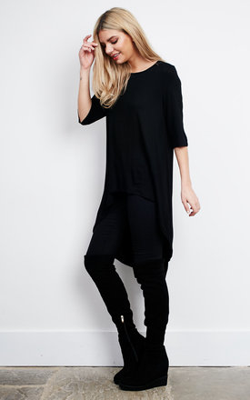 Black Dipped Hem 3/4 Sleeve Top by Glamorous