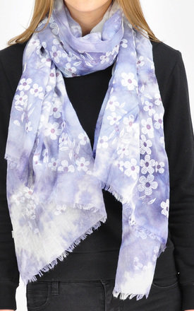 DAISY PATTERNED FRAYED EDGED SCARF by GOLDKID LONDON
