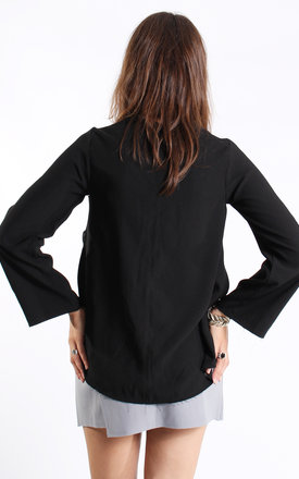 Black raw edge loose top by Daze