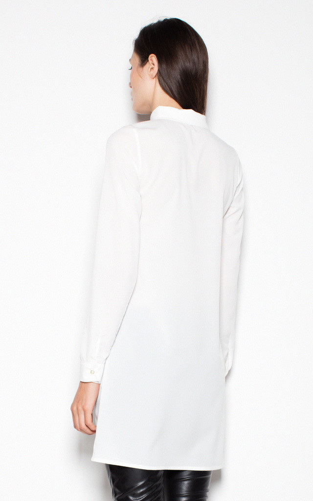 Ecru Modest shirt with long sleeves by Venaton