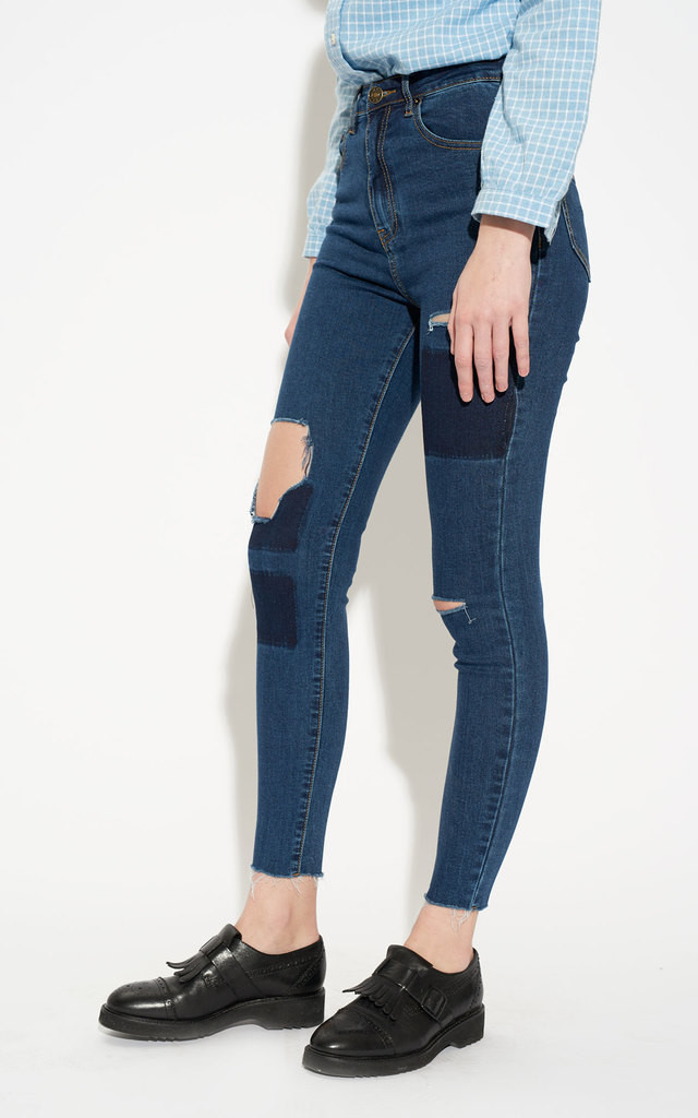 Ripped Patch Wash High Waist Skinny Jeans by Momokrom