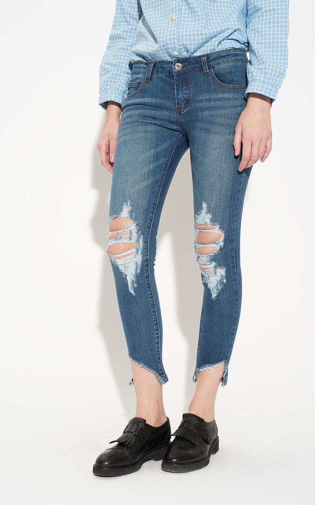 Ripped Knee Step Raw Hem Cropped Ankle Skinny Jeans by Momokrom
