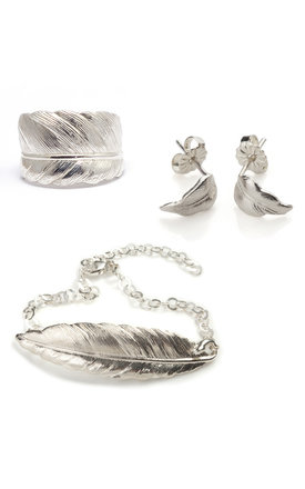 Silver Feather Jewellery Set by Frillybylily