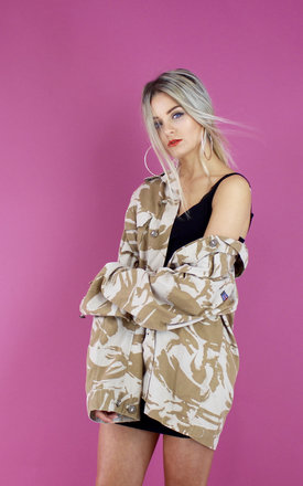 DESERT CAMO LIGHTWEIGHT JACKET by Cats got the Cream