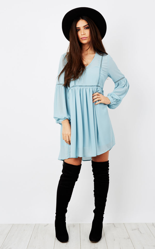 DUSTY BLUE CUT OUT DETAIL DRESS by Glamorous
