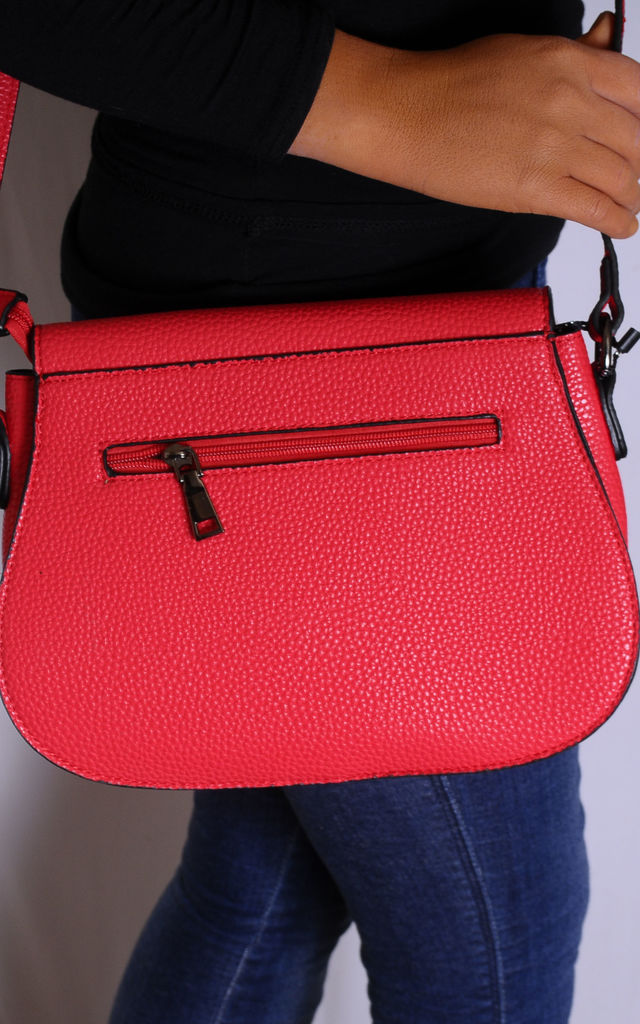 Red Chain Cross Body Flap Saddle Hand Bag by Tabitha Rose