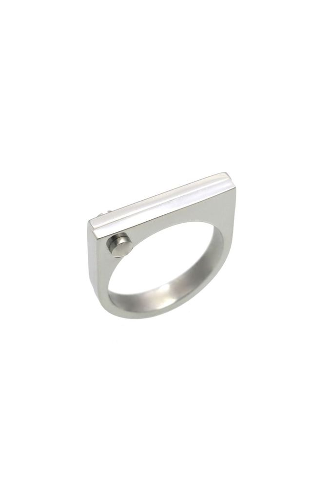Silver D Ring by Opes Robur