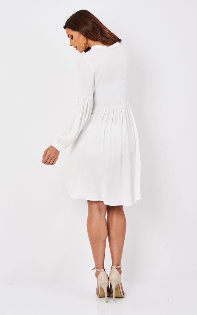 WHITE TEXTURED LONG SLEEVE SHIRT DRESS by Glamorous