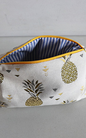 YELLOW PINEAPPLE CANVAS by THE CODE HANDBAGS