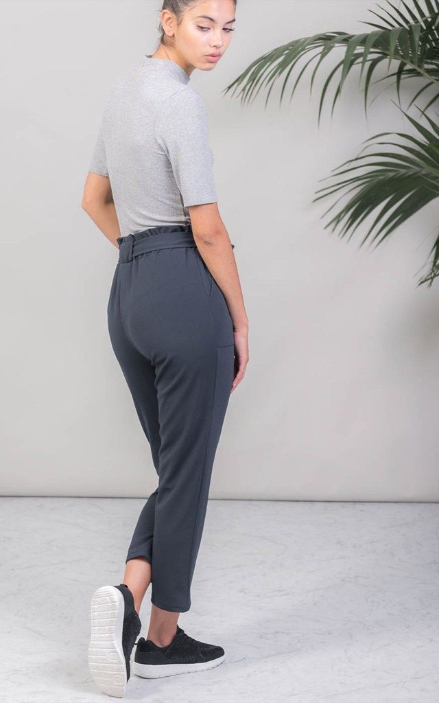 STYLE STRETCHY TROUSERS by KLOZME