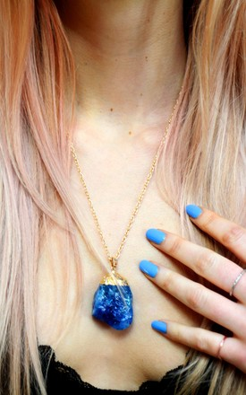 Semi precisous blue quartz crystal gold chain boho necklace by Colour Me Vintage