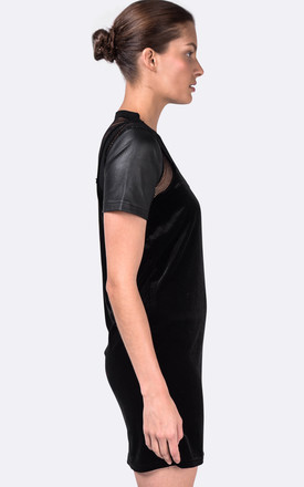 Black Giselle Top by VIPARO