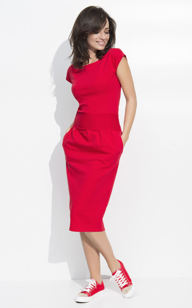 d63d79d4aa50 Red Slim Waist Casual Dress with Pockets by Makadamia