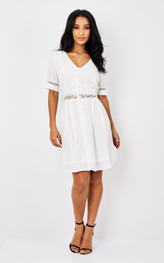 White Lace Detailed Dress With Button by URBAN TOUCH