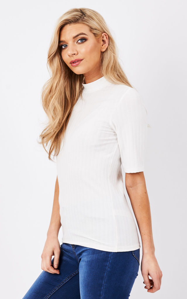 White 1/2 sleeve turtleneck ribbed top by Pieces