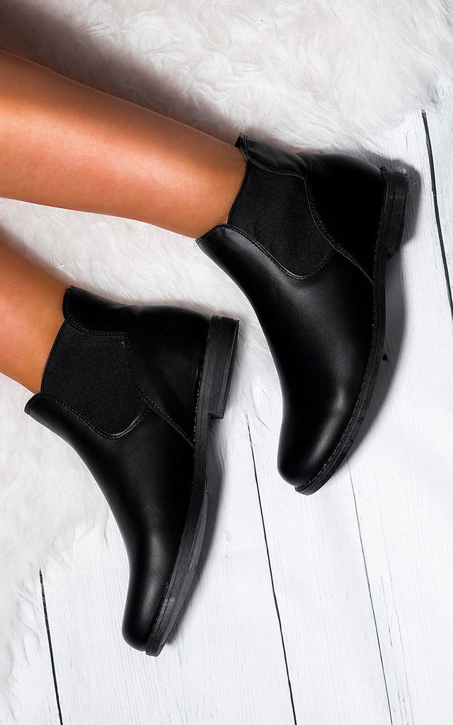 MAXIMO Flat Chelsea Ankle Boots - Black Leather Style by SpyLoveBuy